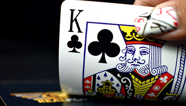Cara dan Strategi dalam Bermain Poker